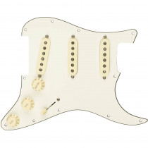 FENDER PRE WIRED STRAT PICKGUARD ORIGINAL '57/'62 SSS PARCHMENT 11 HOLE