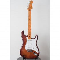 CHITARRA ELETTRICA FENDER DELUXE STRATOCASTER AAA FLAME TOP NK MN VIOLIN BURST (CUSTOM SHOP)